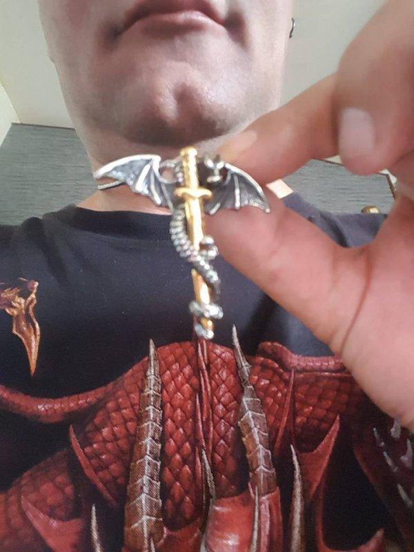 mon pendentif dragon