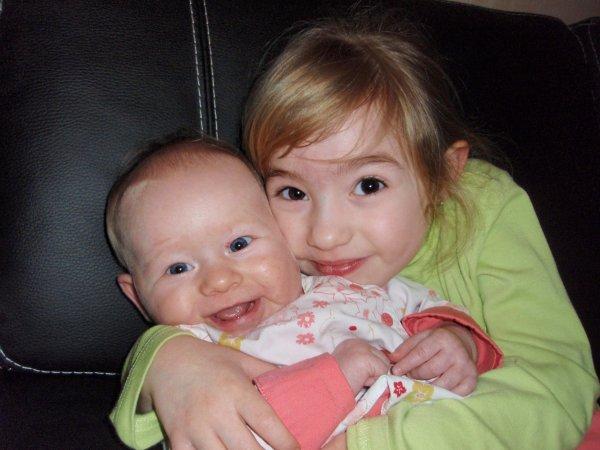 Ma plus belle reussite.... mes filles je vous aiment mes princesses