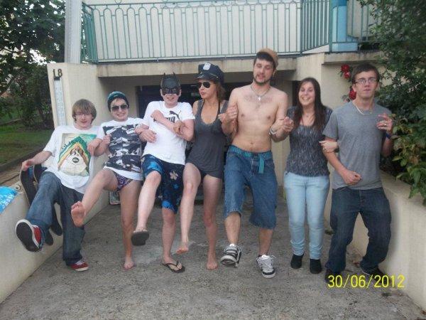 Voici une belle bande d'amis a la quelle je tien énormément ;)