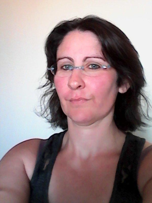 Coupe de cheveux radical pour changer un peu pour un temps mais ça donne 10 ans de plus ......