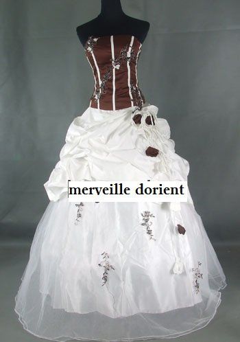 choco/blanc robe faite sur mesure delais de confection 1mois 99¤