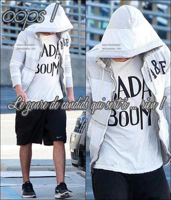 C'est le genre de photos qui nous intéressent tous.. Non je blague. A votre avis, qui se cache derrière sa capuche ?