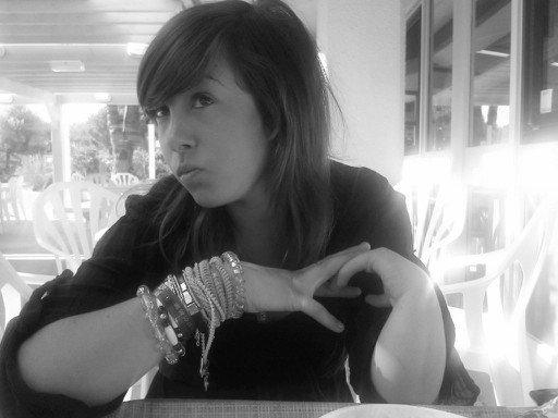 My name is Mélina =) :)