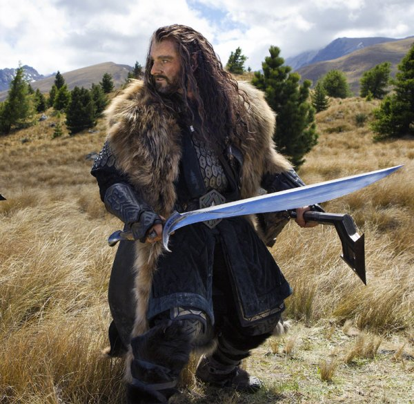 # The Hobbit :Nouvelle Photo de Thorin avec Orcrist !