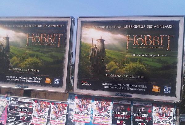 #TheHobbit :Regardez ce que je viens de voir à Toulouse toute à l'heure ! Des affiches du film dans la rue! Je suis dans un état d'hystérie ! Le jour J approche les amis ! Vous en avez vu vous aussi?