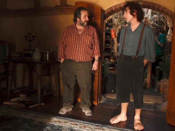 ■ [ The Hobbit ]  Elijah Wood et Peter Jackson sur le tournage