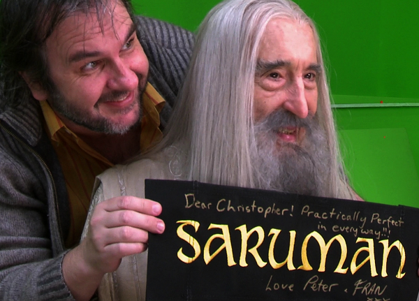 ■ [ The Hobbit ]  Peter Jackson et Christopher Lee sur le tournage
