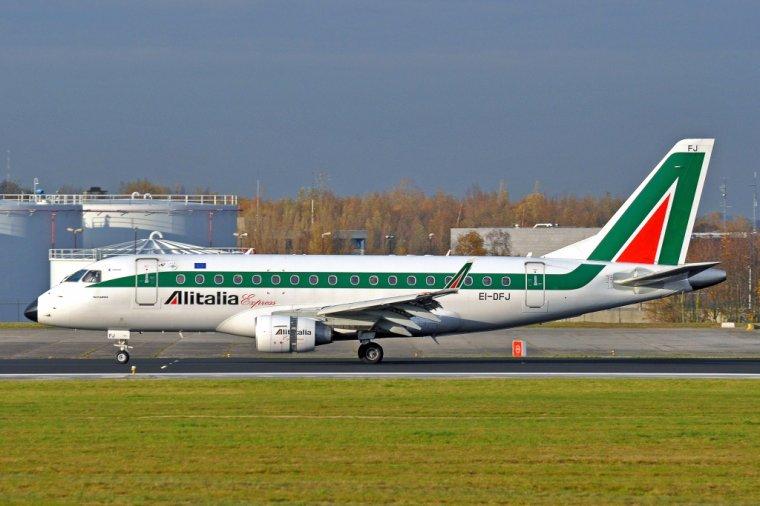 Alitalia Express Embraer ERJ-170-100LR