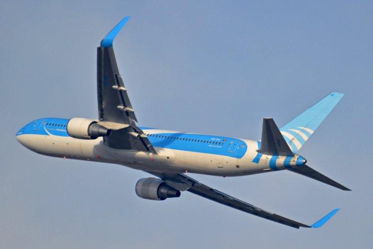 Boeing 767-341/ER JetairFly