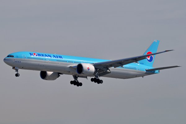 Boeing 777-3B5/ER Korean Air