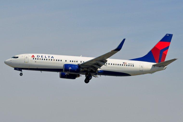 Boeing 737-832 Delta Air Lines