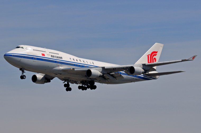 Boeing 747-4J6M Air China