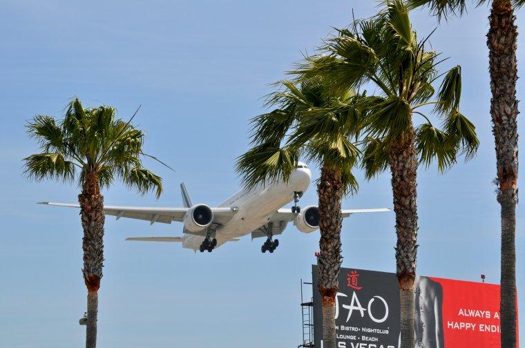 Boeing 777-328/ER Air France
