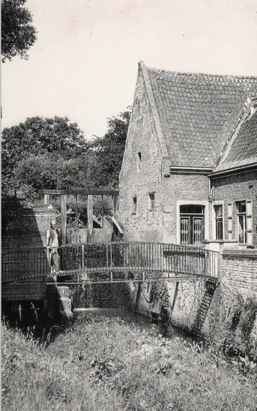 FLOBECQ - Moulin à eau