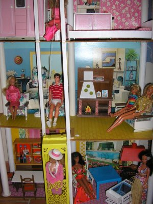 maison de barbie 1978 cathie de bella et barbie vintage. Black Bedroom Furniture Sets. Home Design Ideas