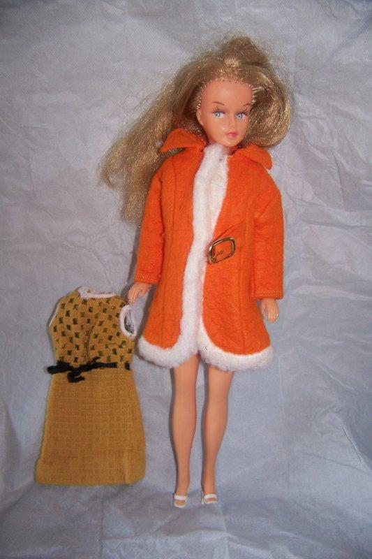 tenue decembre 1970 manque une boucle