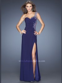 Shopping prom dresses needn't be a dramatic affair