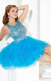 2015 V-Back Scoop-Neck Sequin Short Tulle Homecoming Dresses