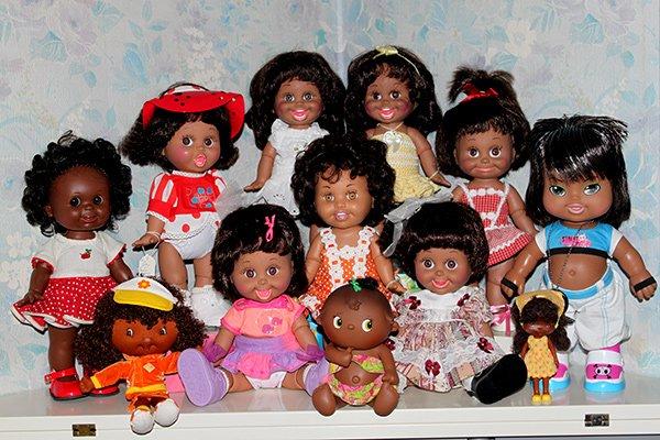 Une partie de mes poupées noires ! :D