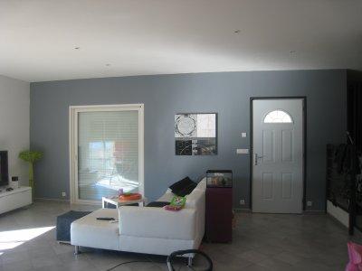 nouveau mur gris building - Notre maison à pomeys
