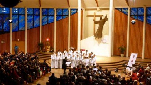À un mois du concert des Petits Chanteurs à la Croix de Bois, il reste une centaine de places sur les 350...
