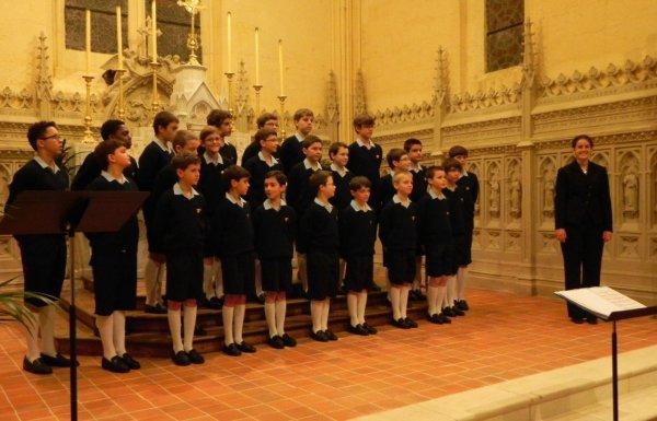 Salles-d'Angles sous le charme des Petits Chanteurs à la Croix de Bois...