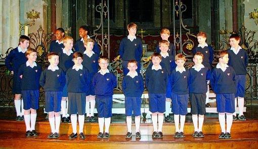 Les Petits Chanteurs font vibrer l'auditoire...
