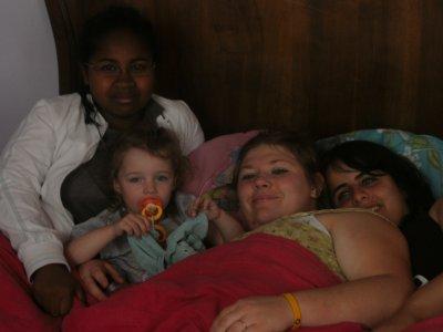 Joelle ema sarah et moi <3