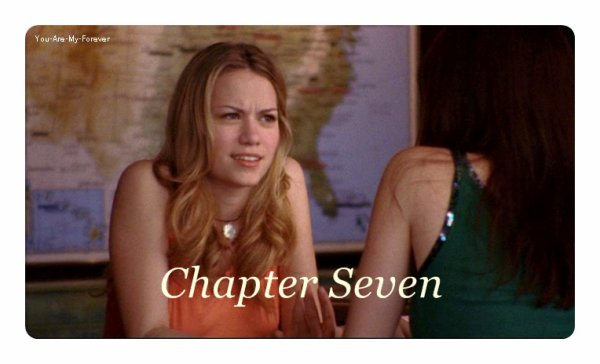 ♦The Seventh Chapter ♦ *« J'ai pas interrompue une grande conversation là ? »