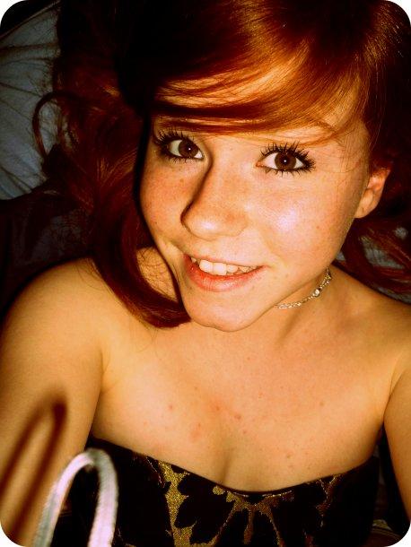 Sourie à la vie , et elle te sourira :)