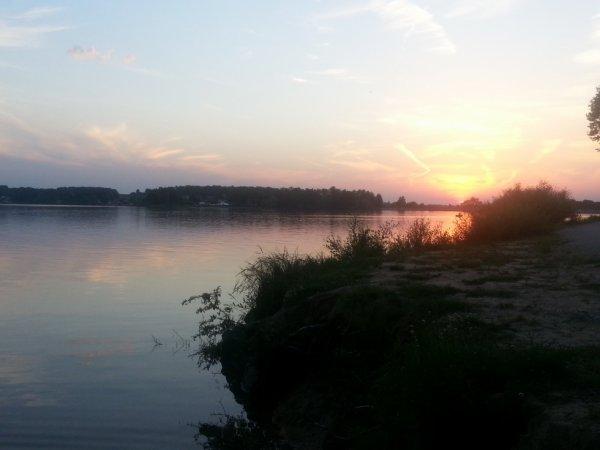 magnifique coucher de soleil a bouzey hier <3