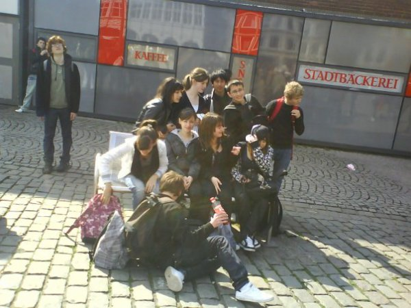 Hamburg 2oo9 <3B&E<3 Sarah      <  Carpe Diem  >