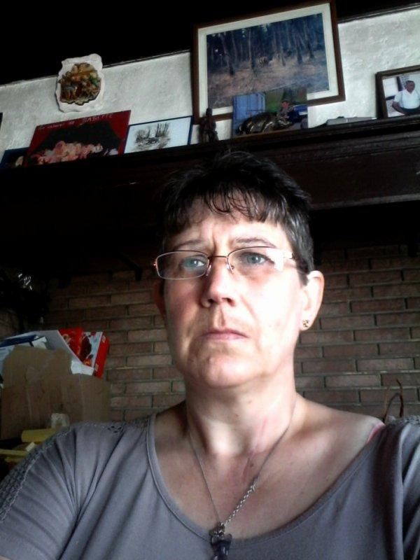 moi du changemant couper mes cheuveux sa fais du bien léjerre