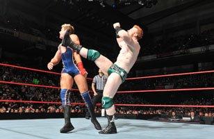 Sheamus bat Jack Swagger.