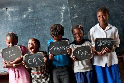 """""""Ceux et celles qui sont assez fous pour croire qu'ils peuvent changer le monde, sont en réalité ceux qui le font"""" -Steve Jobs"""