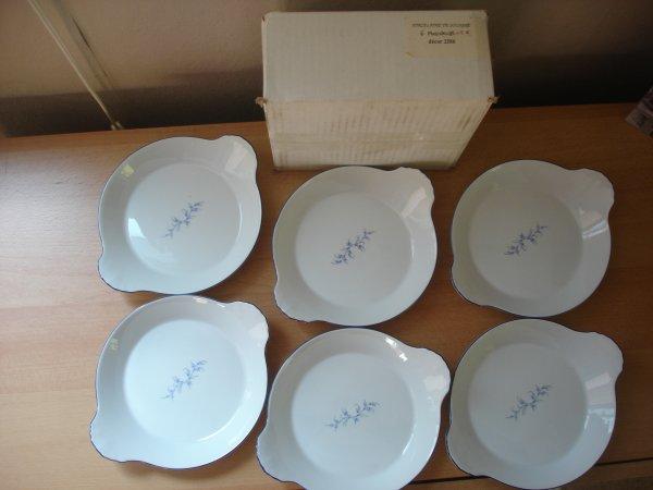6 Plats à oeufs (porcelaine de sologne)