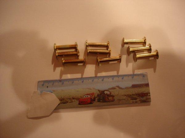 lot de 9 vis dorées ( 2 cm)