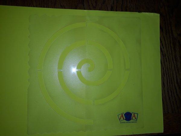 Gabarit azza spirale 30 x30 cm