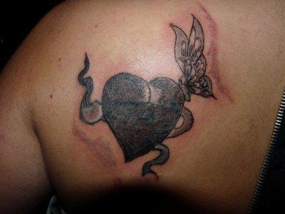 tatouage refait et pas encore fini!!!!