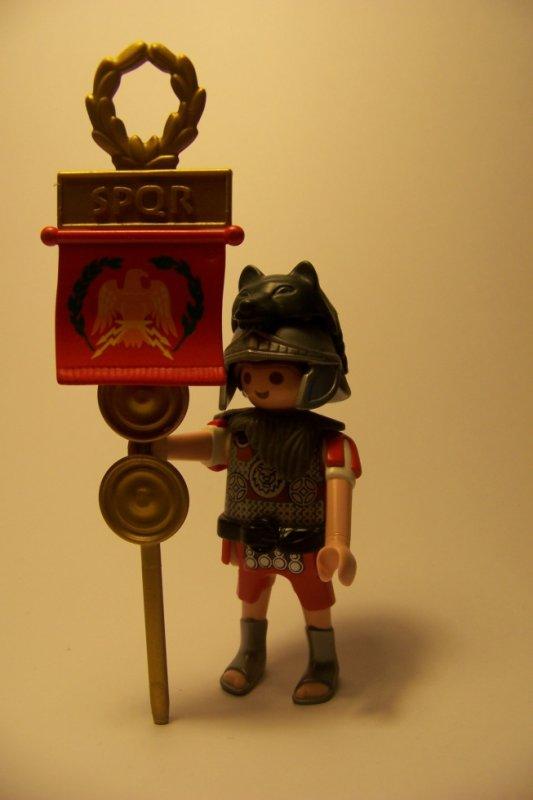 Custom porte étendard de la légion romaine