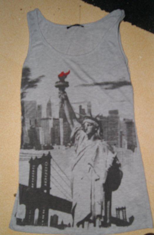 Débardeur NY statue la liberté flamme rouge