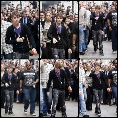 Justin est à Paris depuis hier pour son concert de ce soir à Bercy !! Il a été aperçu encore une fois il y a quelques heures, sortant de son hôtel pour se rendre aux répétitions . Bon Concert a ceux qui y vont .