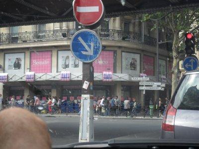 QUELQUES  GRANDS  MAGASINS  DE  PARIS... 17 août 2011