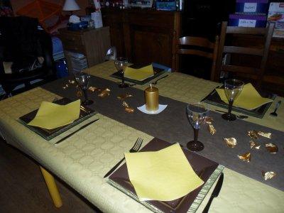 REVEILLON  DU  31  DECEMBRE  2011 ... A  LA  MAISON...