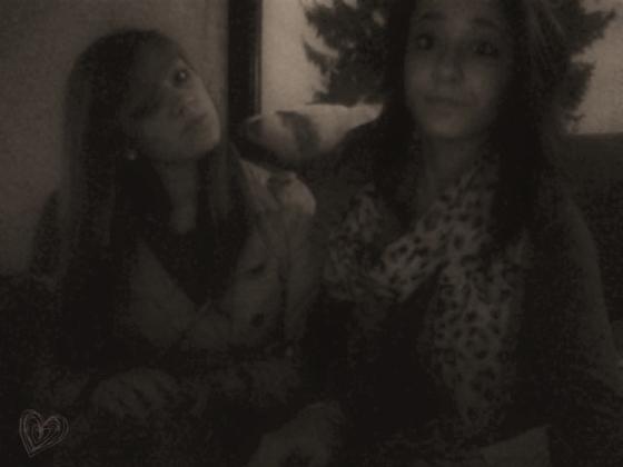 Selena And Florence <3