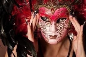 Nous portons tellement de masque...