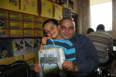 ph3 fête des papa a l'école de mon Fils, je suis très fièr de lui.