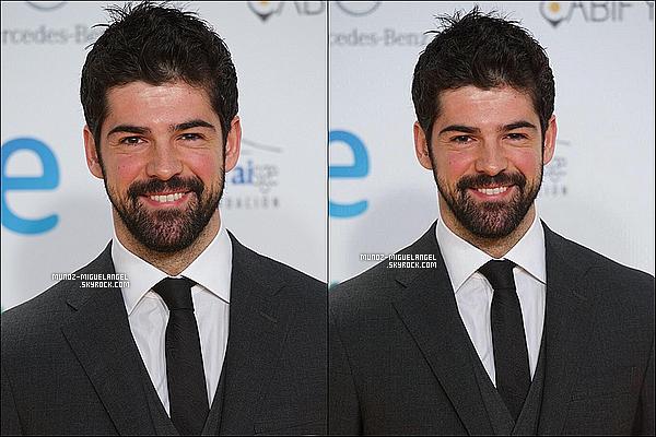 12 / 01 / 15 : MiguelAngel a été sur le tapis de la cérémonie des Premios Forque 2015 à Madrid.
