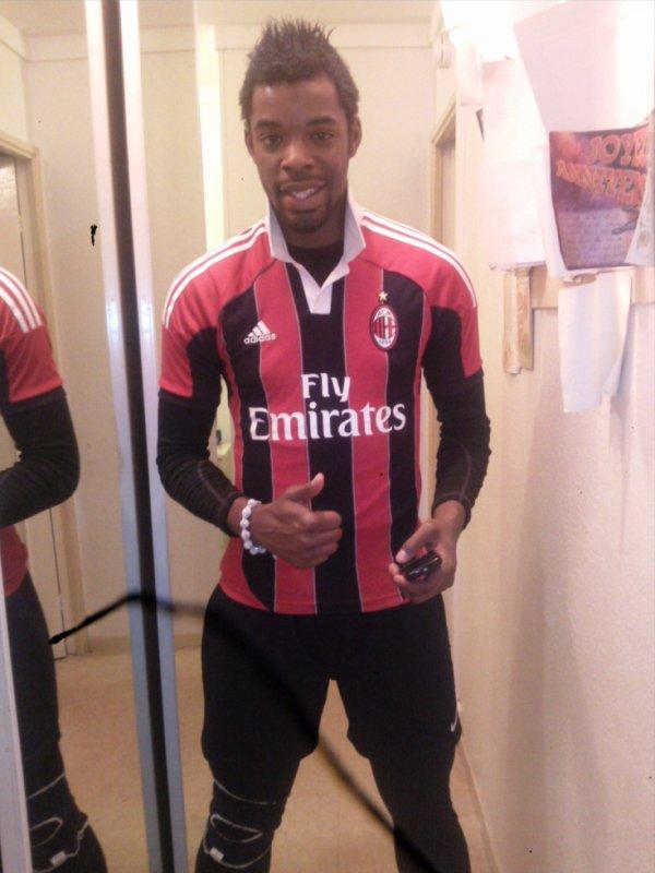 Ac Milan..Fais Ton Bilan! Izii
