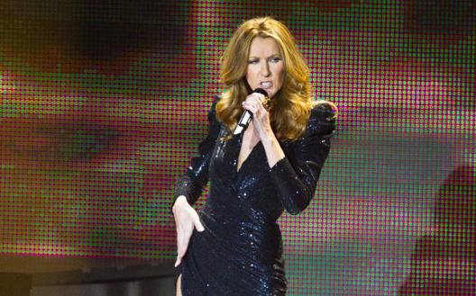 Céline Dion reprend « Rolling in the Deep » d'Adèle